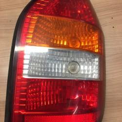 zadné lavé svetlo Opel...