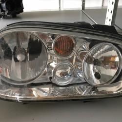 predné svetlomety Golf IV...